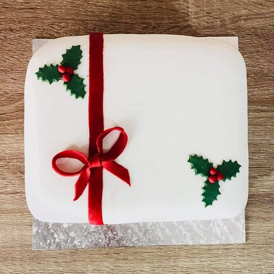 Order you Christmas Cake this Festive Season @ The Deli Stroom