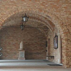 Atrio ingresso Municipio
