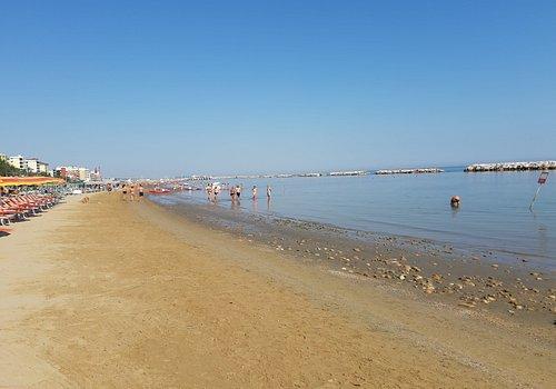 il bagno e la spiaggia