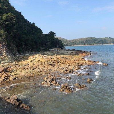 Lai Chi Chong Geosite - rocky beach