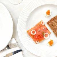 Severn and Wye smoked salmon, rye bread, creme fraiche, salmon caviar