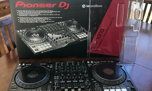 Brand new Pioneer DJ DDJ-1000SRT 4-channel professional DJ controller for record box DJ Shipping and handling costs are free worldwide.  There are other models in stock such as Pioneer, Denon, Rane, Allen & Heath, Roland, Amplifier, Bose Home Thearter, Yamaha, Lighting and JBL Speakers.  To Order contact: Contact: dj.gadgetbazaarltd@gmail.com Whatsapp: +14089163765  This package includes: What's in the box DDJ-1000 SRT Network Adapter USB cable Quick start guide record box dj license key card  S