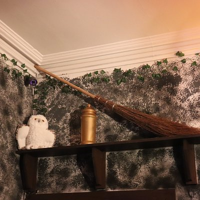 The Witchcraft & Wizardry room is ideal for all groups including families and those new to escape rooms!