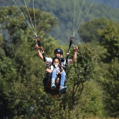 we have experinced pilot for enjoying paraglidng..