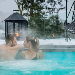 All clients at Ono Spa have free access to  our fitness center, yoga room, sauna, Jacuzzi and outdoor pool.