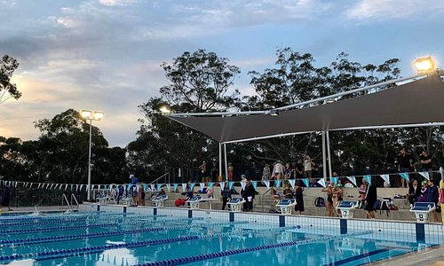 Outdoor 50m pool in lovely bush setting