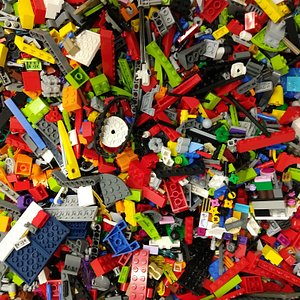 You can buy and sell LEGO by the pound at Music City Bricks!