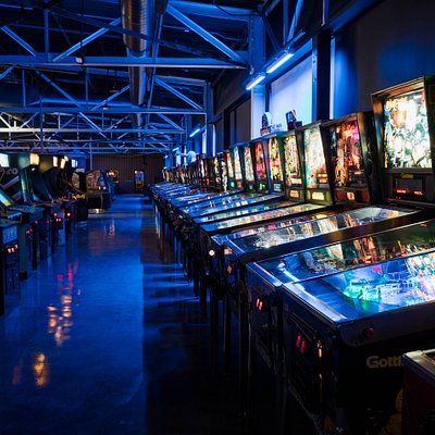Over 200 pinball machines and arcade games