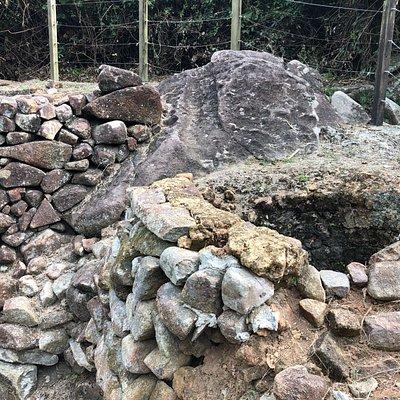 Lime Kilns at Hoi Ha (2)