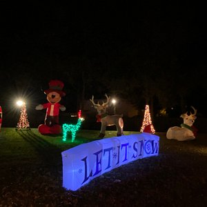 See Mickey at Smith's Christmas Lights at Top of the Hill