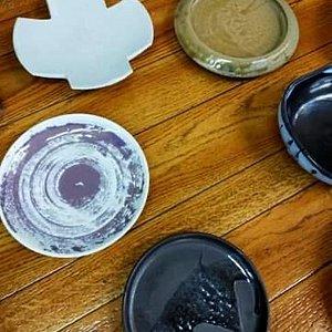 Différents types of pottery from Hagi