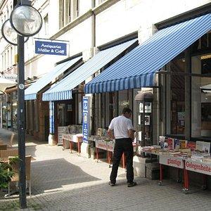 Unser Ladengeschäft - seit 85 Jahren in der Fußgängerzone Calwer Strasse