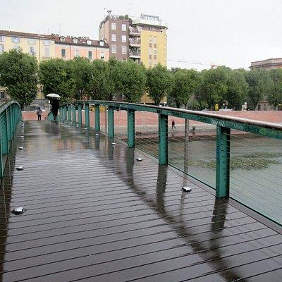 Il ponte pedonale