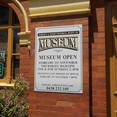 Museum hours and days