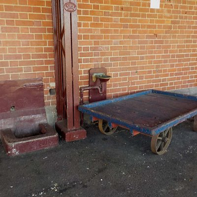 baggage trolley, note drinking water tap