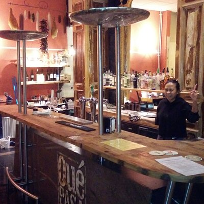 De nieuwe bar in het restaurant. Que pasa