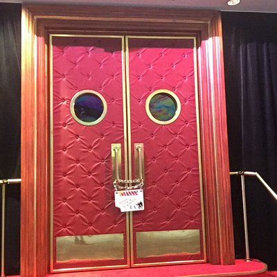 What could be behind this door? Take the tour to find out!