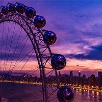 O entardecer em Balneário se tornou mais lindo com o brilho da FG Big Wheel;
