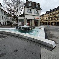 Leo-Brunnen