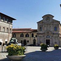 Piazza Ognissanti: Ercole e il Leone