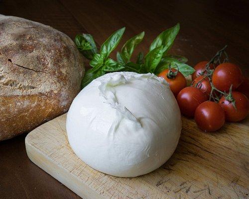 Mozzarella di Bufala Campana DOP Fattoria Pagliuca