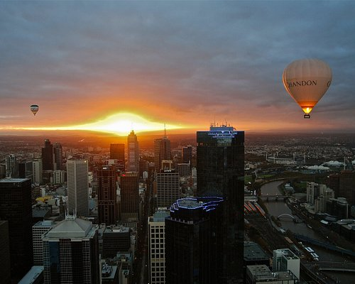 Melbourne in a hot air balloon, the gift for a loved one