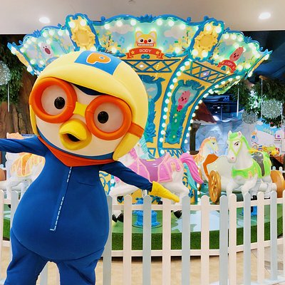 Introducing the new & exciting attraction at Pororo Park Singapore, equipped with horses & carriages for a fun yet thrilling ride!  Pororo & Fiends' Gallop Station is great for your Instagram-worthy shot!