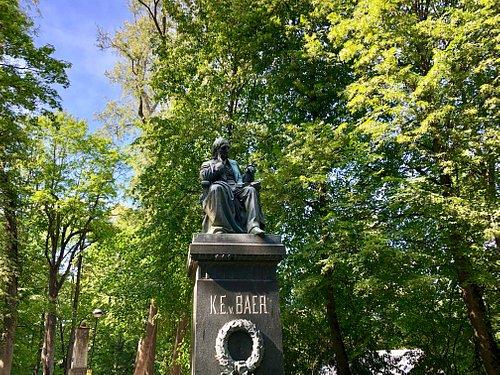 Monument to Karl Ernst von Baer.