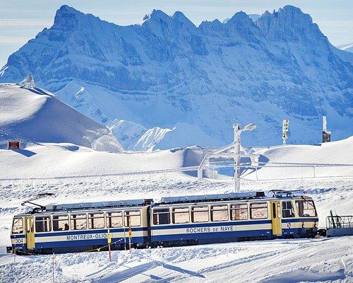 Train à crémaillère reliant Montreux aux Rochers-de-Naye (canton de Vaud)