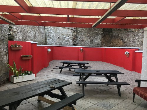 Hennessy's Bar Youghal