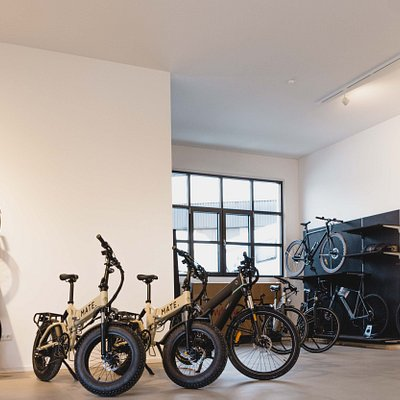 Large selection on different Bikes available! recommend it!