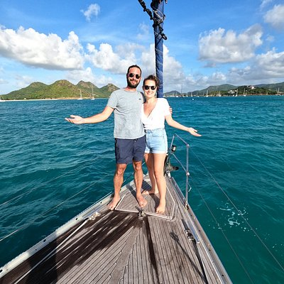 Our first day sail tour with honeymooners from France! Congratulations on the wedding! Captain and the crew are grateful to share in your celebration of love! We hope you enjoyed the fresh lobster and bubbly!
