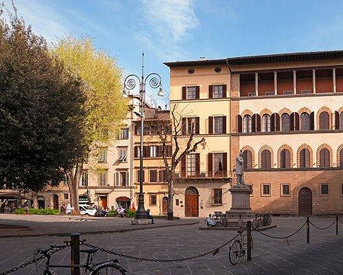 Palazzo Guadagni (1502) - The School