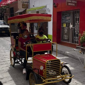 Even the famous Palenqueras of Cartagena enjoy the luxury of these carts.