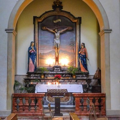Particolari della  Chiesa di San Michele  Arcangelo  - interno