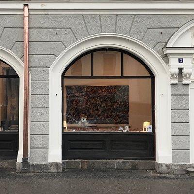 Wunderschöne Kunstgalerie mit wechselnden Ausstellungen und Kurs-Angeboten.