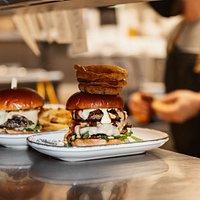 Hub Box Exeter - burgers