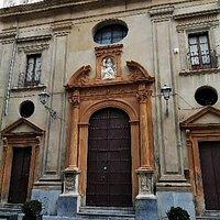 Facciata della chiesa di Santa Maria del Soccorso o della Madonna della mazza, in via Maqueda.