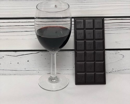 Cabernet Infused Ecuador Bar! If you like chocolate with your wine, you will LOVE wine in your chocolate!