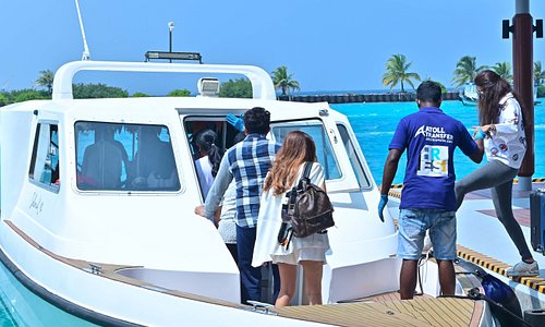 VIP transfer of artist to our speedboats 2021