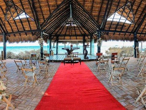 Iglesia María Estrella del Mar Palapa principal para tu boda con una hermosa vista. Capacidad 200 personas