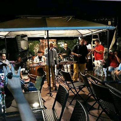 Cantantes Tuluá 3226281608 Funk Darwin y su orquesta en pizzería la gondola