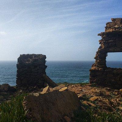 Ruins of Ponta da Atalaia