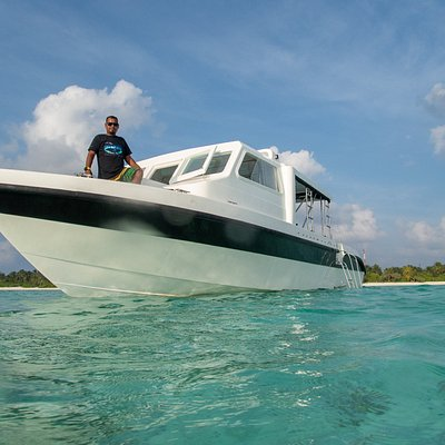 Our dive speedboat Akula is the fastest dive vessel in the atoll, up to 42 knots! She can take up to 12 divers to the best dives sites of Ari atoll with comfort and style.