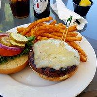 I had this delicious Elk Burger.