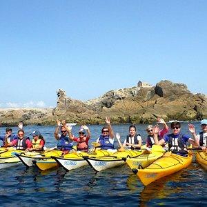 Sillages c'est le Kayak et le Paddle sur la presqu'île de Quiberon depuis 1994.  Découvrir la Bretagne et le Morbihan depuis la mer et aller dans des endroits inaccessibles à pieds. Quiberon, Carnac, La Trinité sur Mer. Nature, zen, détente, en famille ou entre amis, des activités accessibles à tous, même aux débutants. Nos moniteurs professionnels et passionnés vous attendent pour vous faire partager un bon moment sur l'eau dans une ambiance décontractée.