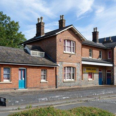 Old London Road Railway Station
