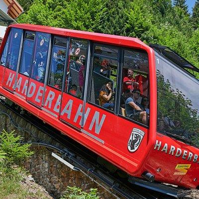Funiculaire du Harderbahn, depuis Interlaken jusqu'au Harder Kulm