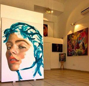 Visita Nuun Espacio de Arte, agenda tu cita a través de nuestro correo electrónico: nuunarte@yahoo.com o por medio de nuestro número telefónico 9512671804