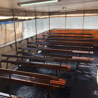 Boarding vessel to Lai Chi Wo